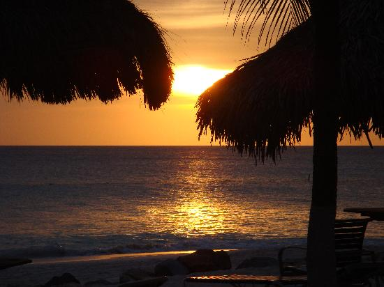 Aruba Beach Club: Spectacular Sunsets