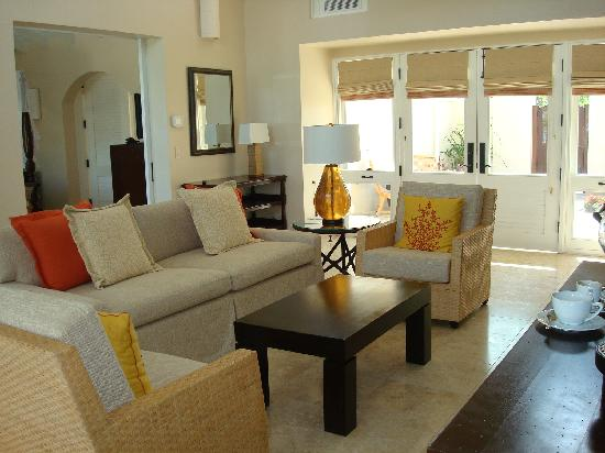 Jumby Bay, A Rosewood Resort: Our living room