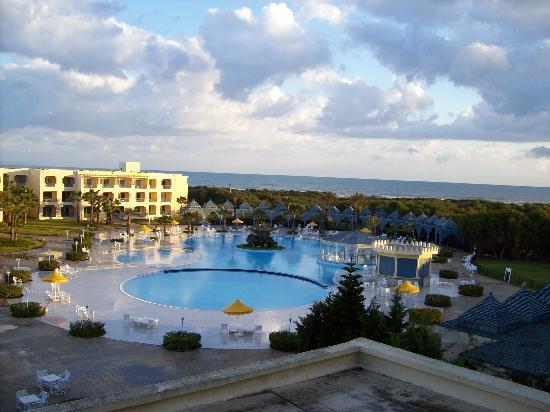 Ramada Plaza Tunis : Blick aus dem Zimmer mit Meerblick