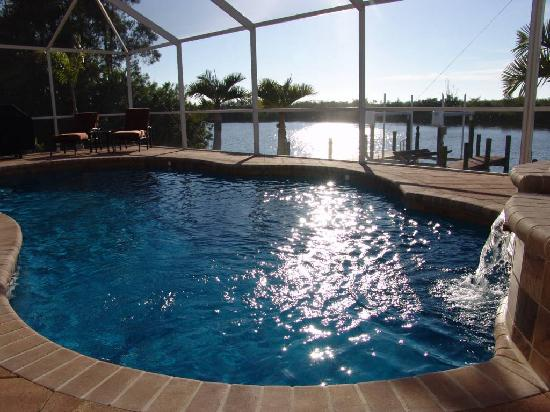 Cape Coral, FL: Pool von Villa Amara
