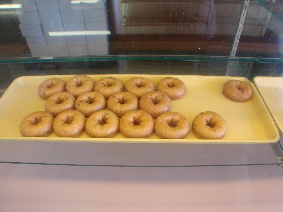 Spudnut Shop: Spudnuts, 309 Avon Street, Charlottesville, VA