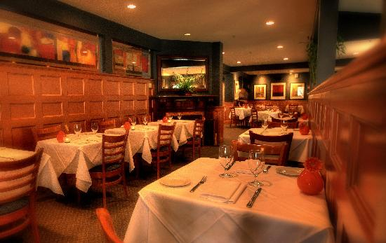 Gabrielle's: Dining Room