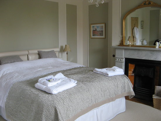 Lavender House: The bedroom