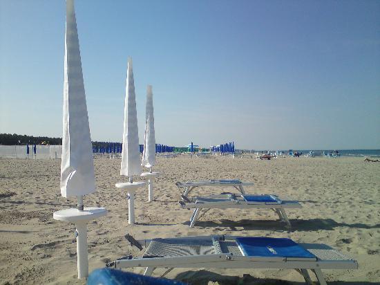 Bagno Moderno Marina Romea.Spiaggia Deserta Picture Of La Tavernetta Hotel Marina