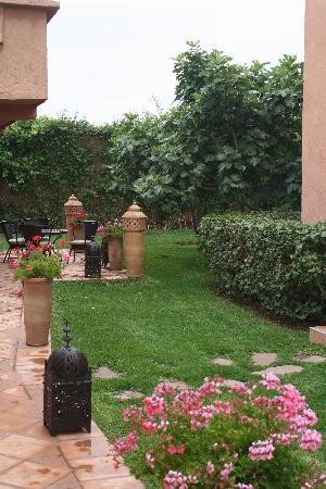 Villa Tata Marie : Un bout de jardin