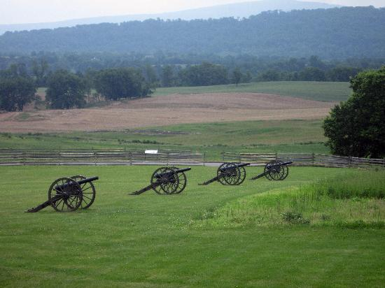 Antietam National Battlefield: cannons seen from Visitor Center, Antietam National Battleifeld, Sharpsburg MD