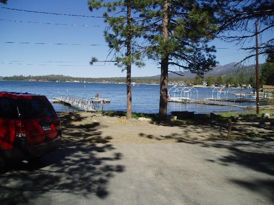 Big Bear Vacations : View from Lonepine #107