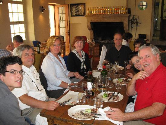 Auberge les Vignes : Lunch w/friends & tour group