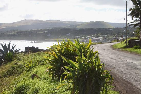 Te'ora: View towards Hanga Roa