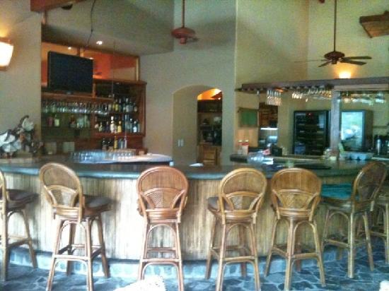Nectar at Florblanca Resort: creative cocktails + great conversations