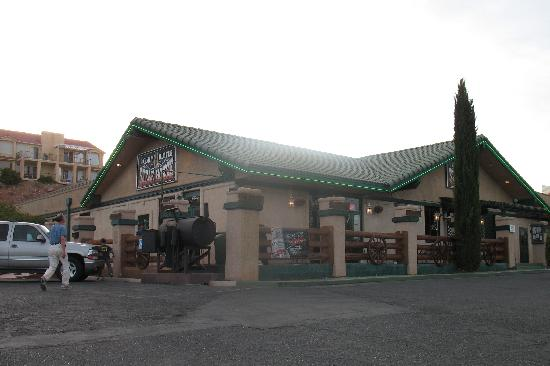 The Claim Jumper Steak House: The Claim Jumper is NOT part of the chain with the same name