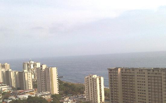 Maiquetia, Venezuela: Vista desde mi habitaciòn (piso 7)