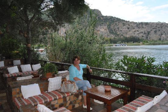 Happy Caretta Hotel: Ausblick auf die lykischen Felsengräber