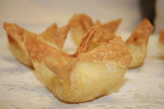 Blue Orchid: Crab rangoons are a must have item at our meals!