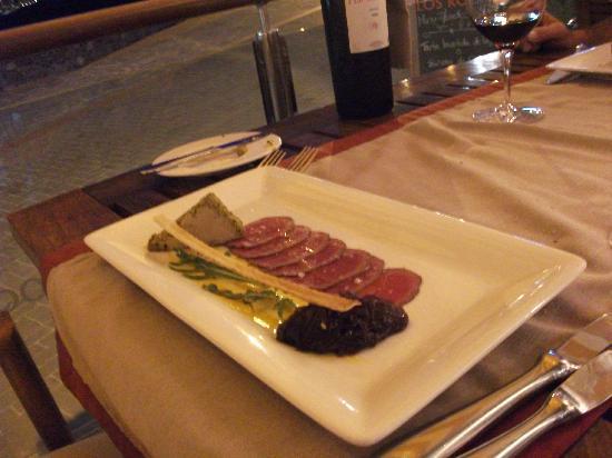 Restaurante Los Roques: Carpaccio of Ostrich with foi grois