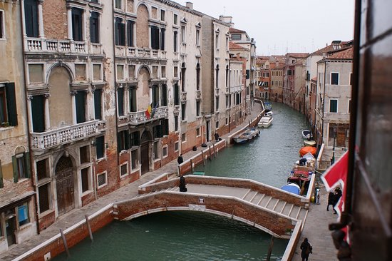 Suite in Venice Ai Carmini: view from bedroom window