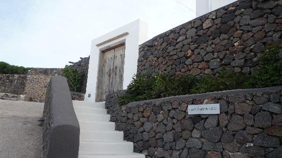 Aenaon Villas: Aenon Villa's Door