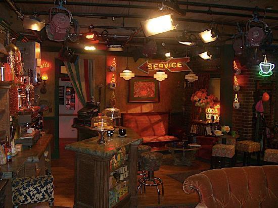 Warner Bros. Studio Tour Hollywood: Central Perk