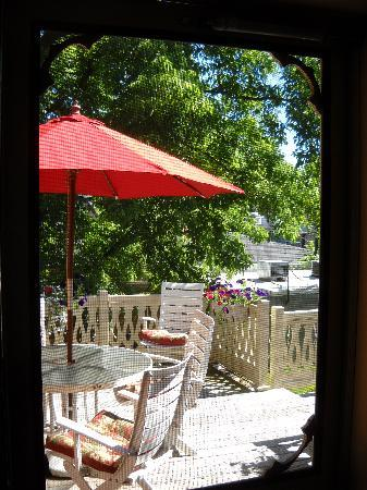 Parsonage Inn: our screen door to our outdoor deck