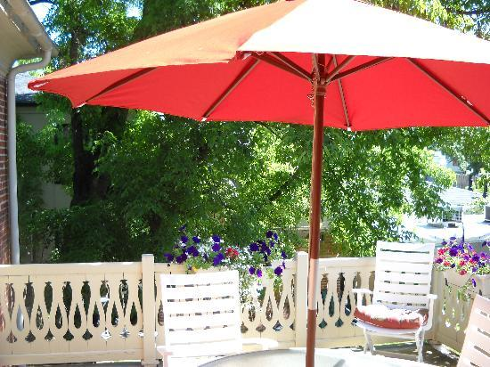 Parsonage Inn: our outdoor deck