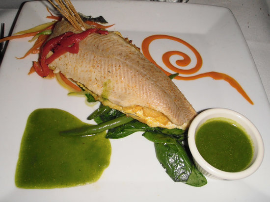 Spain Restaurant of Cranston: Stuffed Trout