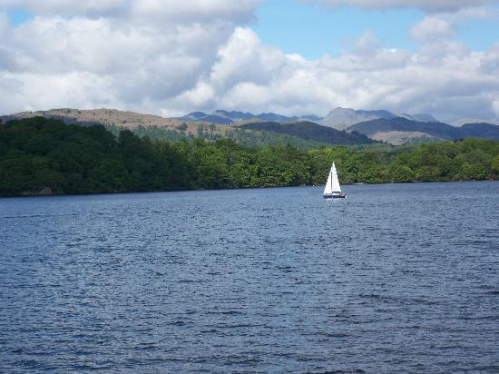 Meadowcroft Country Guest House: Lake Windermere