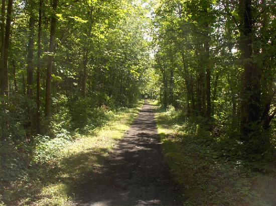 Country Inn & Suites by Radisson, Mount Morris, NY : Miles of scenic trails