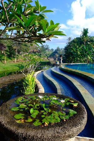 Santi Mandala : Pool area