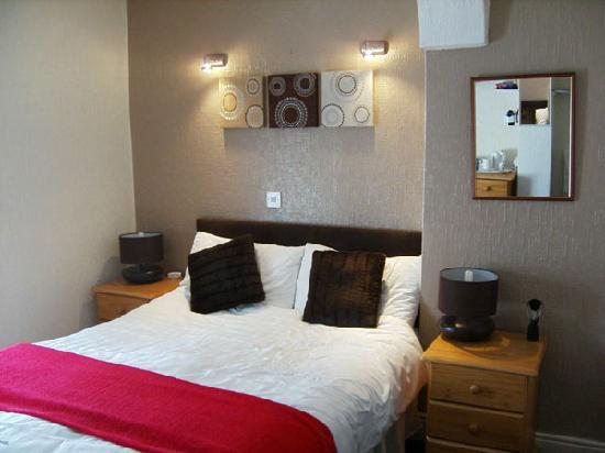 Novello B&B: Another photo of our room at The Novello