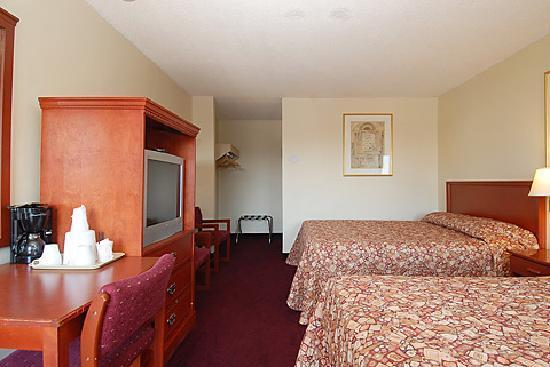 Niagara Lodge & Suites: DOUBLE ROOM
