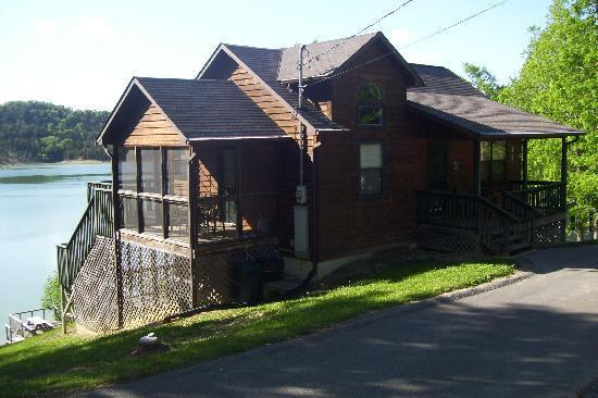 Lakefront Cabins LLC: Sunset Breeze cabin
