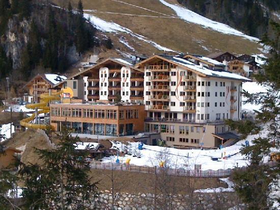Hotel Almhof Familyresort: Almhotel 1