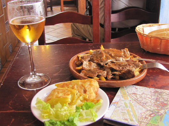 Meson de Las Flores: Delicious food