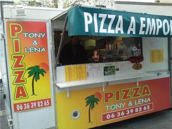 A pizza Tony et Lena : CAMION PIZZA TONY LENA baillargues