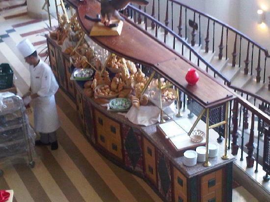 Concorde El Salam Front Hotel: Just a tiny section of the food court. The endless variety of breads