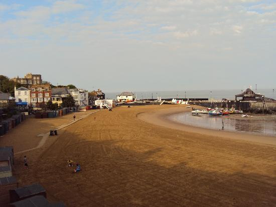 The Victoria: Broadstairs