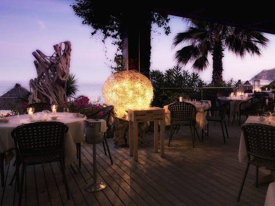 A Spurcacciuna : ristorante in terrazza direttamente sul mare