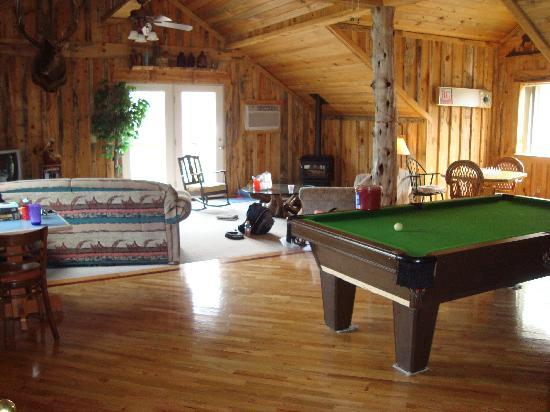 Imnaha River Inn Bed and Breakfast: The game room