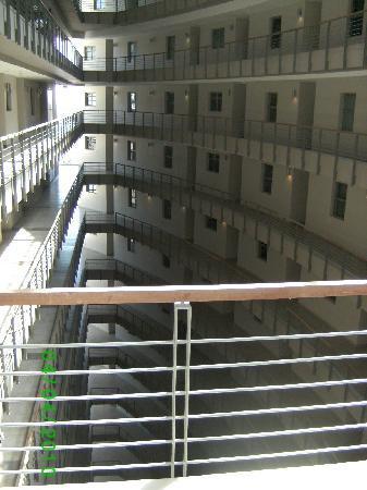 VIP Living Luxury Hotel Apartments: Alcatraz 3