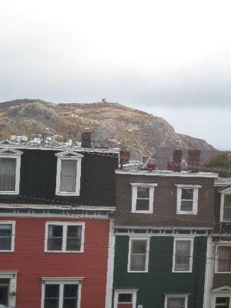 Cantwell House: The view of Signal Hill