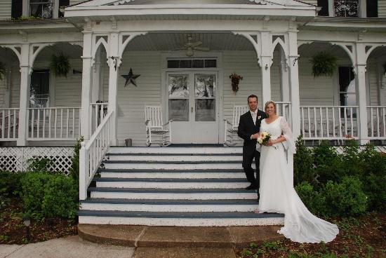 Orchard House Bed and Breakfast: Wedding photo at Orchard House