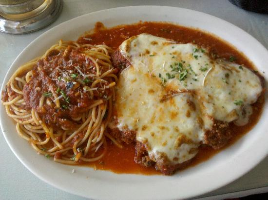 Ciao Restaurant : Veal Parmesan