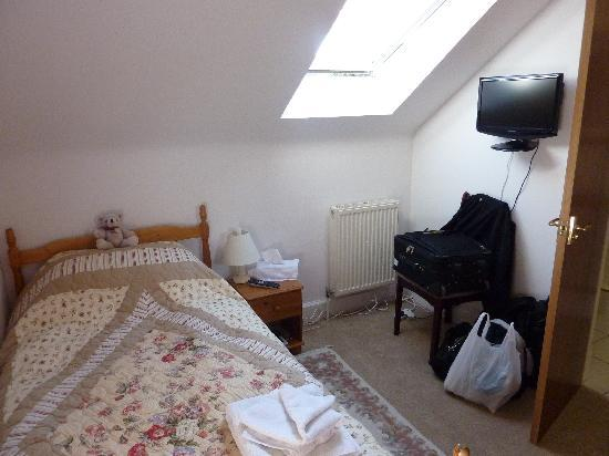 Mardon Guest House: rest of the single room