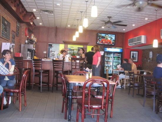 Tango Cafe : dining area