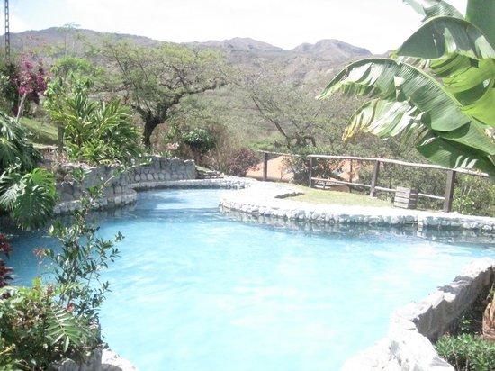 Hosteria Izhcayluma: la piscina
