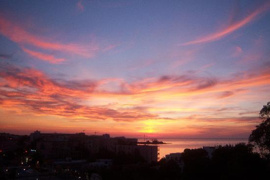 azuLine Hotel Bergantin : `puesta de sol   desde el hotel bergantin