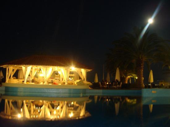 Agios Nikolaos, Greece: Blick auf die Poolbar