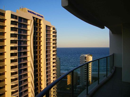 Artique Surfers Paradise: a nice view from the large balcony as you can see still ocean views