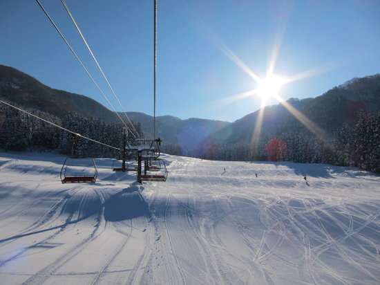 Nozawa Onsen Ski Resort: 下部コースも雪質がいい