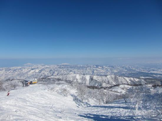 Nozawa Onsen Ski Resort: トップからの景色も綺麗